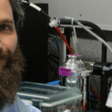 Glowing, drug-resistant leukaemia cells could help unlock new therapies