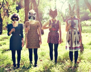 'Two Bucks 'Til Wednesday' vintage fashion fundraiser