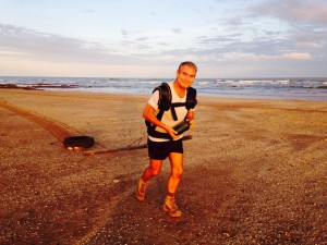 Alone, on foot, across the Simpson Desert, Ian Vickers is pushing himself to the limit for cancer research