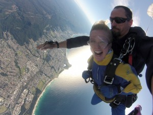 Brave ACRF supporters skydive for cancer research