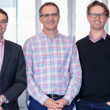 Team behind new cancer treatment wins Clunies Ross Award