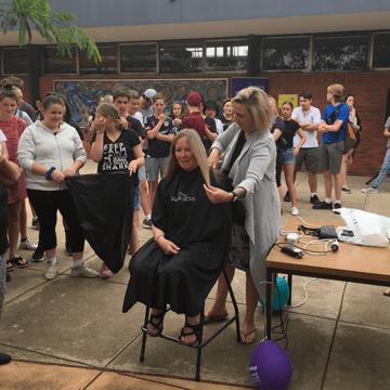 Cathy Shows her Support for Cancer Research
